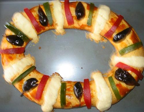 King Cake: Rosca de Reyes. Image: zerethv.
