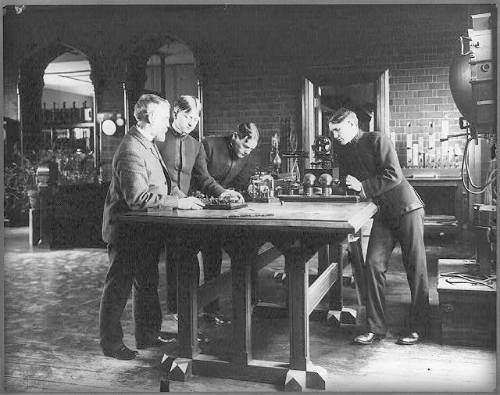 U.S. Naval Academy, Annapolis: Wireless Telegraphy Experiments, 1904.
