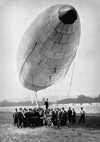 Santos-Dumont, No. 6. Photo: My Airships by Alberto Santos-Dumont.