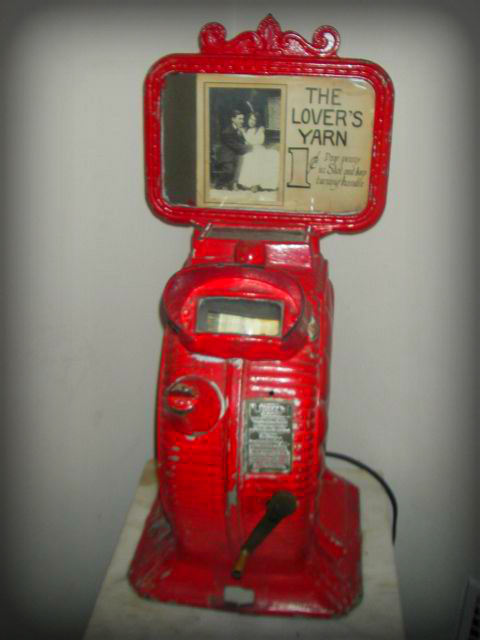 """Mutoscope/What The Butler Saw Machine. """"the Lover's Yarn."""""""