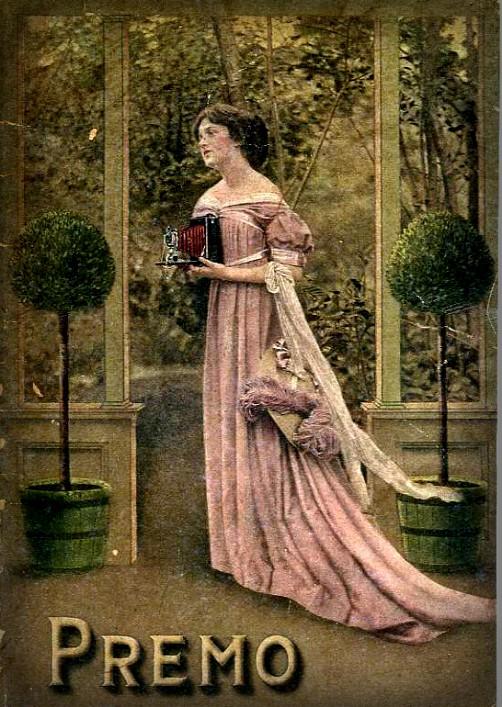 Premo Camera, 1909. Image: CraigCamera.com.