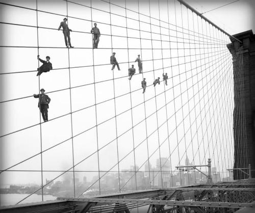 Painters Brooklyn Bridge, 1914. Image: Wikipedia.