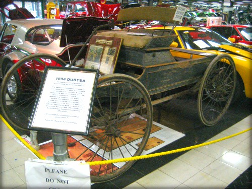 First American Car Race: Duryea Brothers Won. Image: Infrogmation of New Orleans; Wikimedia.