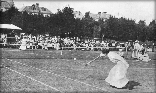Early Tennis Fashion: Hillyard vs. Sterry at Eastbourne. Image: Wikipedia.